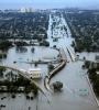 katrina-flooding-220px.jpg