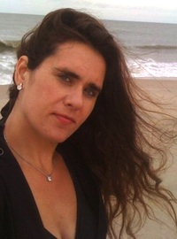 liz-butler-beach-200px.jpg