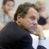 sherrod-brown-sarah-wright_286x289.jpg